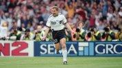 1996-UEFA-Euro-Championships-Final-Germany-v-Czech-b85682b5541bcbd849a82f8ef95e65ca.jpg